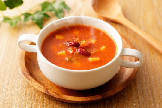 ミネストローネ Minestrone soup