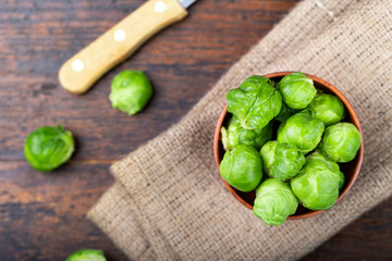 Photo sur Toile Bruxelles brussels sprouts on the table