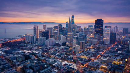 Fototapete - San Francisco Skyline at Dusk