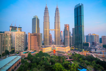 Photo sur Aluminium Kuala Lumpur Kuala Lumpur, Malaysia. The Twin Towers and KLCC Park