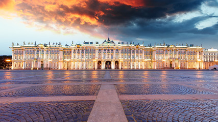 Autocollant pour porte Fleur Winter Palace on Palace Square in Saint Petersburg, Russia