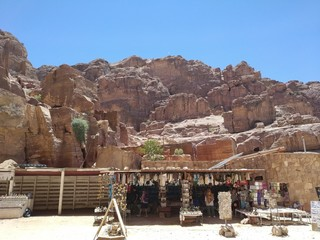 Photo sur Aluminium Petra Town, Jordan July 3th 2019 - Beauty of rocks and ancient architecture