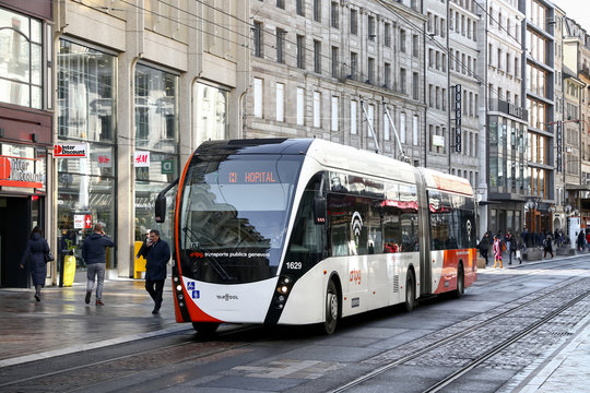 Van Hool Exqui.City 18