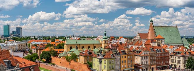 Warsawa, scenic old town panorama