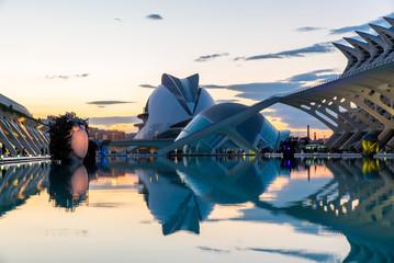 panorama valencia ciudad de las artes y las ciencias bei nacht