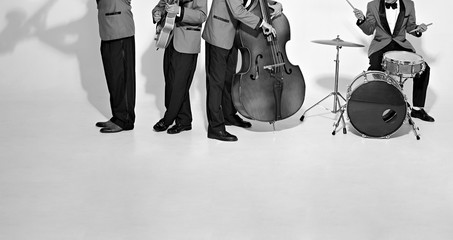 Jazz band players on white. Vintage music background Fotomurales