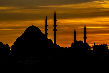 Blue Mosque at sunset in Istanbul, Turkey