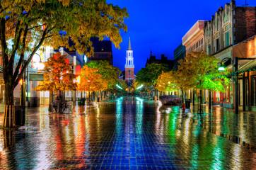 Burlington Vermont Church Street rainy night reflections Fotobehang