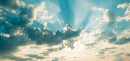 Fototapeta Niebo z poświatami obraz
