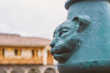 Fond de hotte en verre imprimé Puma puma head relief