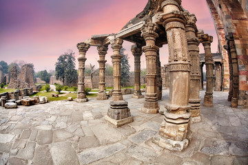 Photo sur Aluminium Pays d Asie Qutub Minar ruins in New Delhi, India