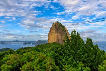 Fotobehang - Mountain Sugarloaf and Guanabara bay in Rio de Janeiro, Brazil. Skyline of Rio de Janeiro
