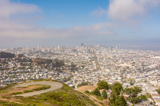 Panoramic view of San Francisco city from Twin Peaks, California United States