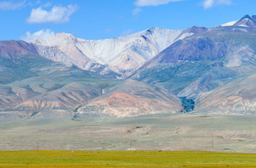 Fototapete - View of the mountain range, Mongolian landscapes of Altai. Dry mountainsides, summer sunny view.