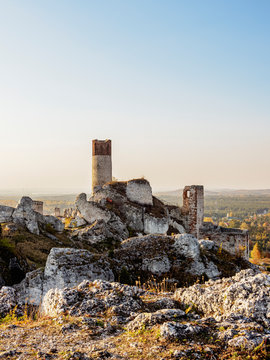 Olsztyn Castle Ruins, Trail of the Eagles' Nests, Krakow-Czestochowa Upland or Polish Jurassic Highland, Silesian Voivodeship, Poland