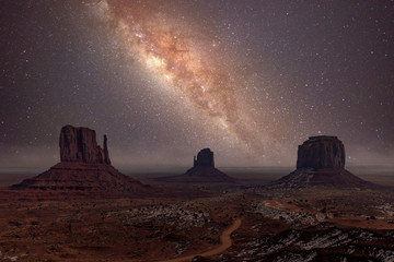 Printed roller blinds Cappuccino Milky Way long exposure photo in Monument Valley