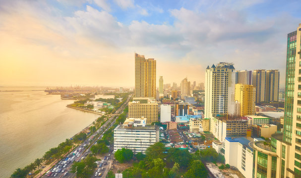 Skyline of Manila Bay in Metro Manila - Philippines