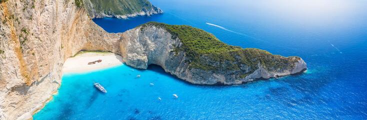 Panoramablick auf den berühmten Navagio Schiffswrack Strand von Zakynthos, Griechenland