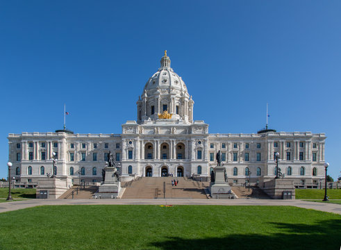 St. Paul, Minnesota State Capitol Building on a Sunny Day