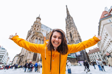 Spoed Fotobehang Wenen smiling happy woman portrait in front of vienna cathedral church