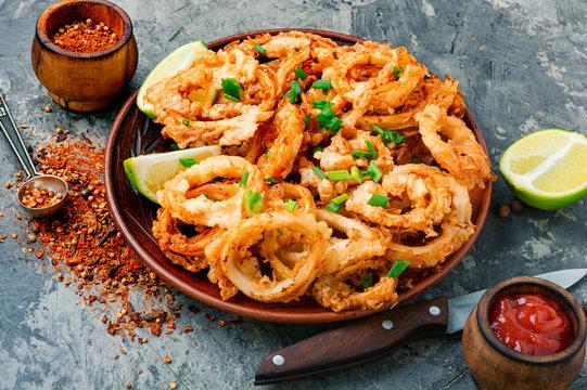 Crispy fried squid rings