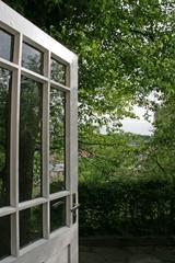 Foto op Plexiglas Groene old wooden doors