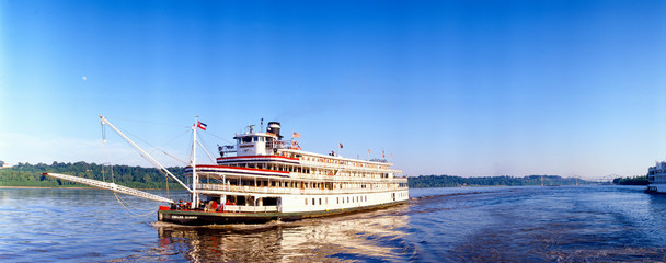 Delta Queen steamboat on Mississippi River, Mississippi
