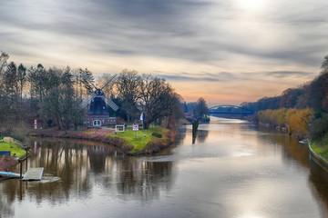 Alte Mühle am Fluss Hase in Meppen im Emsland