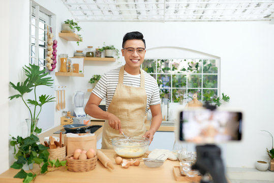 Baker online courses, food preparing and culinary training class concept