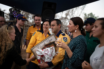 The Wider Image: From Australian bushfire ashes, a community rises in solidarity