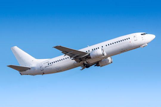 GetJet Boeing 737 airplane at Paris Orly