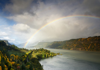 Ruthton Point With a Ranbow in Hood River, Oregon, Taken in Autumn