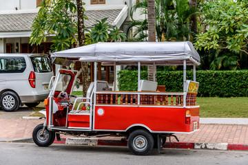 Foto op Aluminium Londen rode bus Motor Tuk Tuk Taxi in Luang Prabang Laos