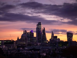 Fotobehang Aubergine Epic dawn sunrise landscape cityscape over London city sykline looking East along River Thames