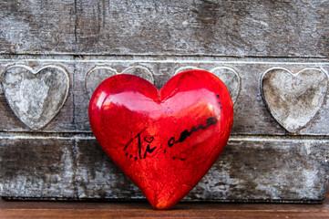 Ti amo, I love you in Italian language. Red heart