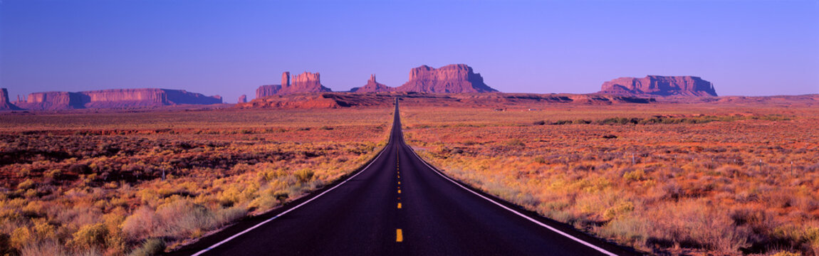 Famous Road to Monument Valley Arizona/Utah border area, Navajo Indian Reservation