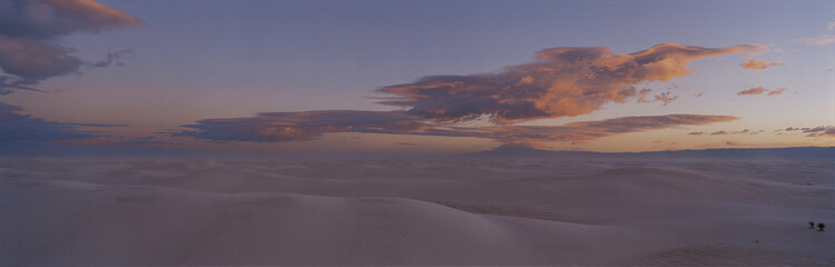 Wall Mural - This is sunset over White Sands National Monument.