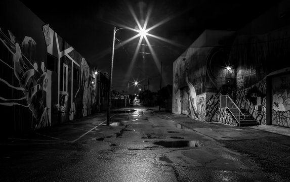 street al night black and white