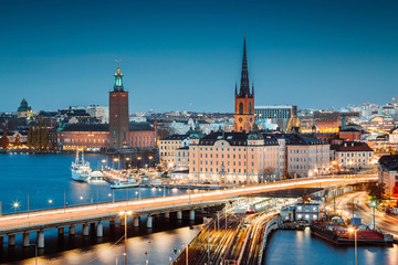 Foto auf AluDibond Stockholm Stockholm skyline panorama at twilight, Sweden, Scandinavia