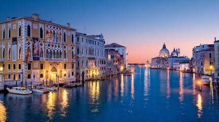 Photo sur Aluminium Venise the grand canal from accademia bridge, Venice