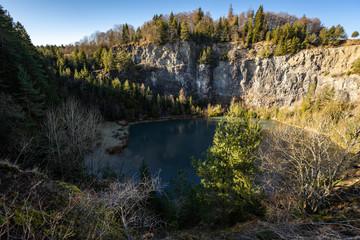 Türkisblauer See auf dem Höwenegg