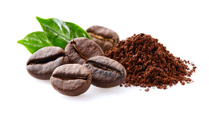 Poster de jardin Café en grains Coffee beans with leaf on white background