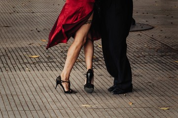 Poster Buenos Aires Pareja bailando tango en Buenos Aires