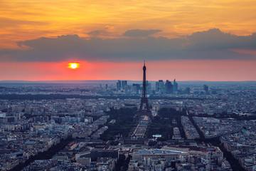 Poster de jardin Tour Eiffel View of Paris with Eiffel Tower from Montparnasse building. Eiffel tower view from Montparnasse at sunset, view of the Eiffel Tower and La Defense district in Paris, France.