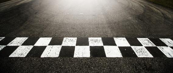 FINISH LINE RACING