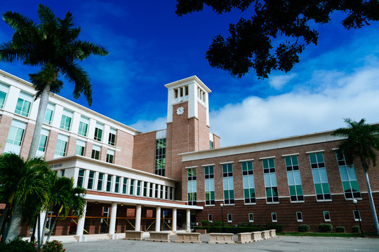 Punta Gorda, FL / USA - 12 25 2019: Punta Gorda city downtown building and blue sky