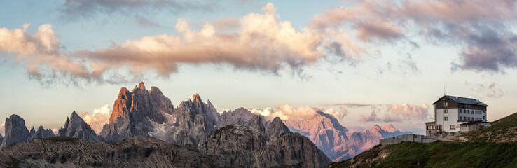 Fotobehang Alpen The Cadini Group, Mt. Campedelle and Auronzo hut in the Dolomite Alps, South Tyrol, Italy