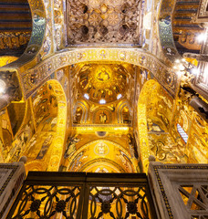 La pose en embrasure Palerme Shining ceiling of the Palatine Chapel, Palermo