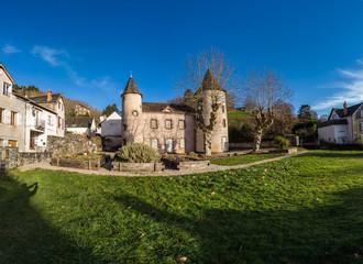Allassac (Corrèze, France) - Manoir des tours, siège du Pays d'art et d'histoire