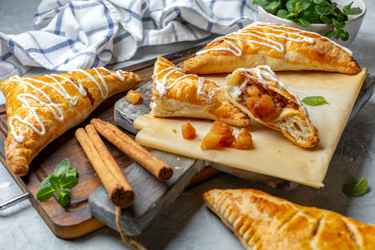 Puff pastry apple pastry turnovers for dessert.